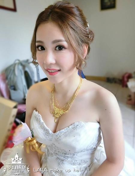 夢幻城堡彩妝造型-新秘LARA-新娘婚宴造型