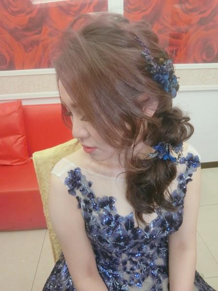 新秘rita|新娘秘書|bride-秋|側邊髮型|白紗造型|浪漫捲髮|乾燥花不凋花花飾