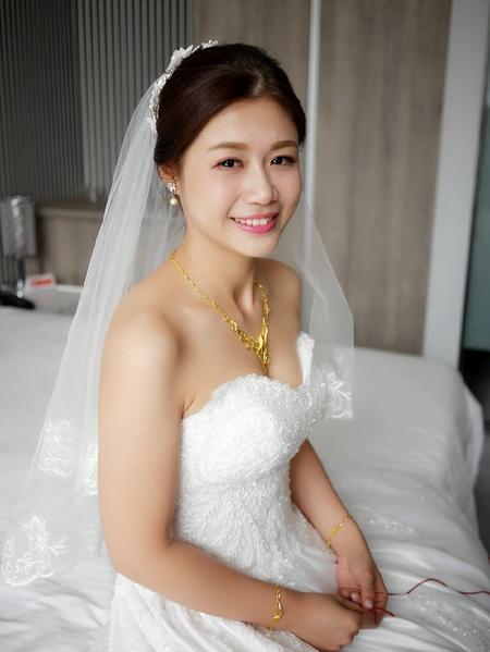 饅頭爸新秘團隊-珊婷 ❤ 楚霏白紗