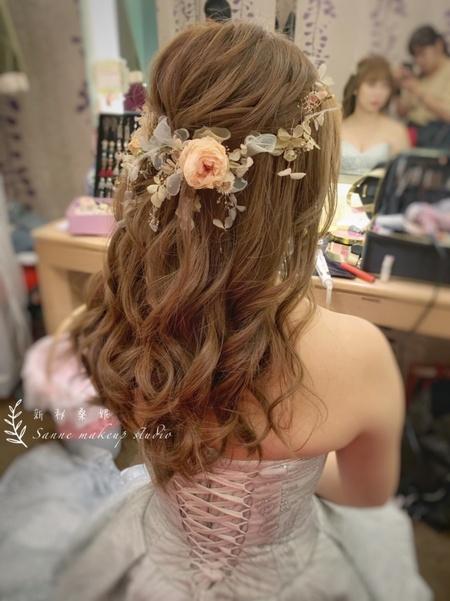 夢幻不凋花飾&公主頭編髮