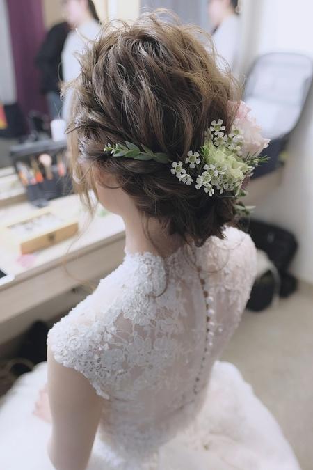 【Saly 造型總監】花與髮