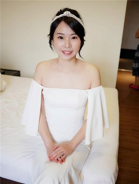 饅頭爸新秘團隊-珊婷 ❤ 惟婷婚禮造型