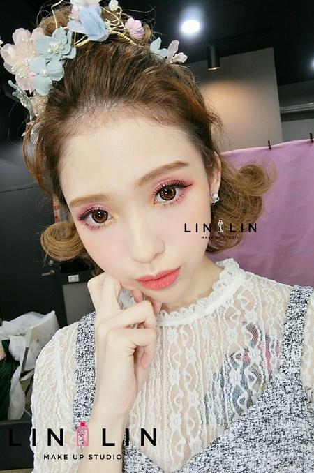 短髮造型❤戀愛粉紅迷人眼妝❤