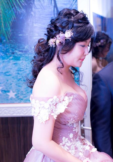 新娘 LuLu-訂 星時代婚宴會館