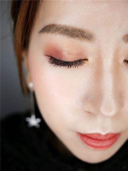 饅頭爸新秘團隊-珊婷 ❤ 透亮妝感