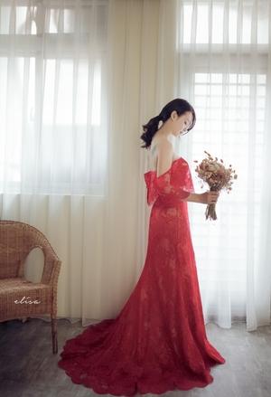 Elisa艾莉莎婚紗攝影工作室