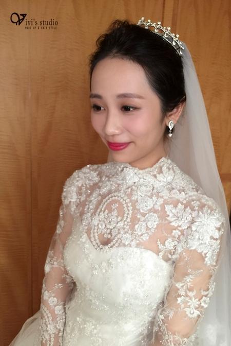 黑髮新娘造型 古典優雅的白紗造型 台北福容 新娘苡婷