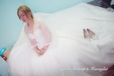 欣儀的美麗新娘-小康