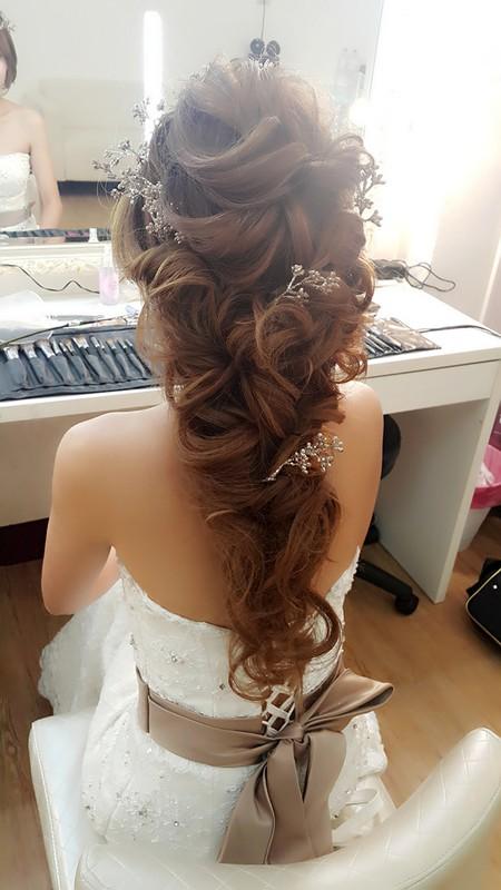 新娘一致狂推!法式浪漫公主蓬鬆髮型💖