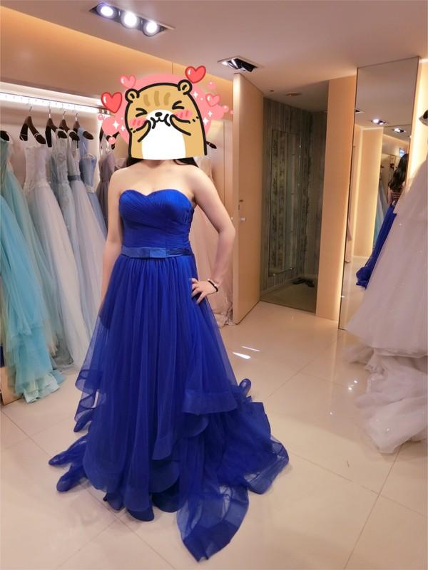 比堤婚紗 推薦新人:晉賢&宜靖 寶藍色禮服