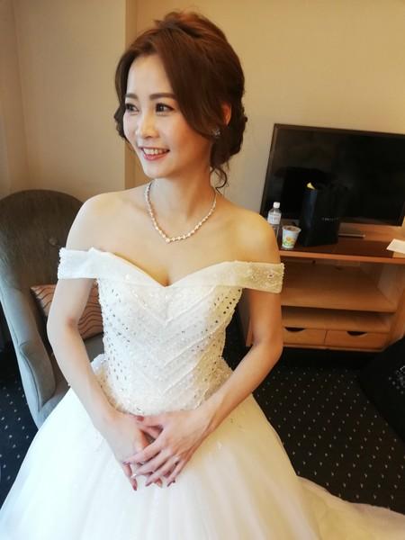Bride秀芳