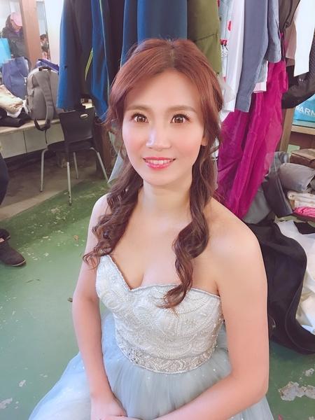 饅頭爸新秘團隊–芯媛❤婚紗拍照