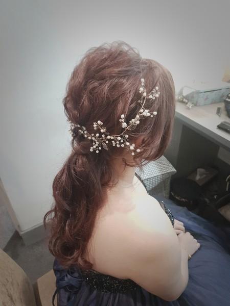 新秘rita 新娘秘書 bride-昱均 側邊盤髮 編髮 乾燥花 低馬尾 長頭紗
