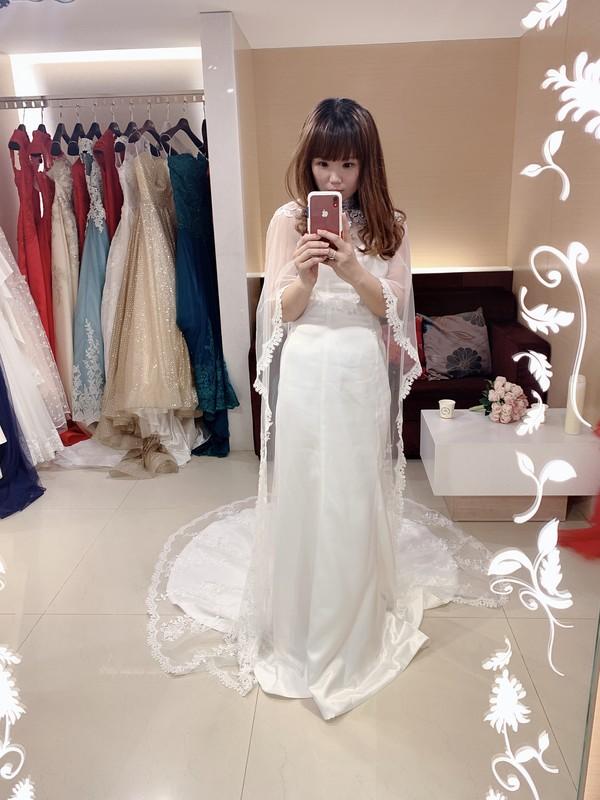 比堤婚紗 推薦新人:一龍&宜潔 試穿禮服 素緞白紗 加肩紗