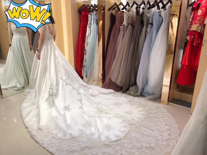 宴客禮服 比堤婚紗 推薦新人:Mr. Lin&Mrs. Tsai 影相視務所 長裙拖白紗
