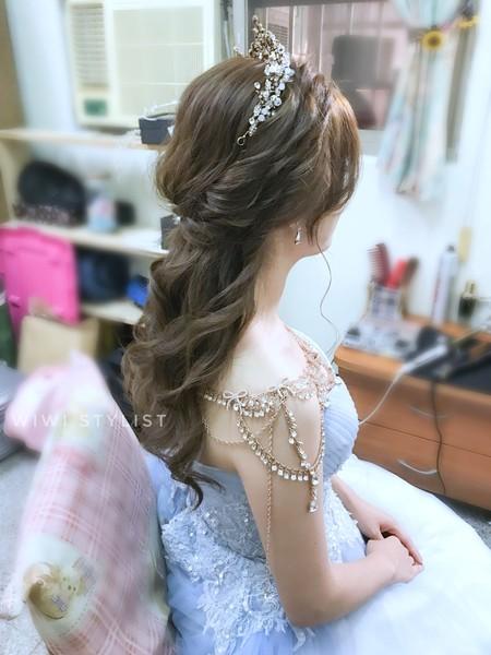 夢幻捲髮公主造型