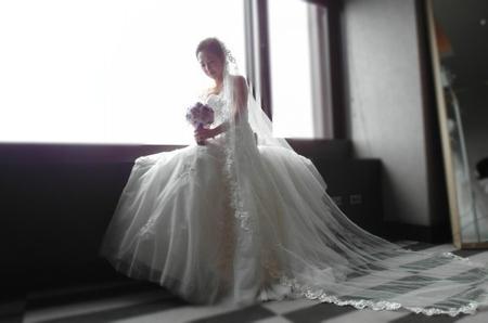 甜美典雅白紗造型~韓國新娘 保保 (世貿三三會館)