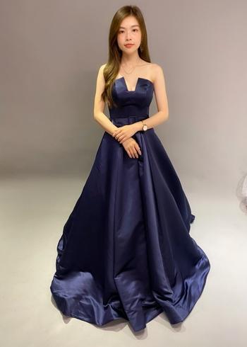 貳月婚紗出租/自主婚紗 Moon's Wedding Dress