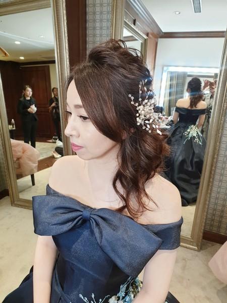 新秘rita 新娘秘書 bride-小沅 仙氣風 乾燥花 花環 球球造型 圓眼 大眼妝