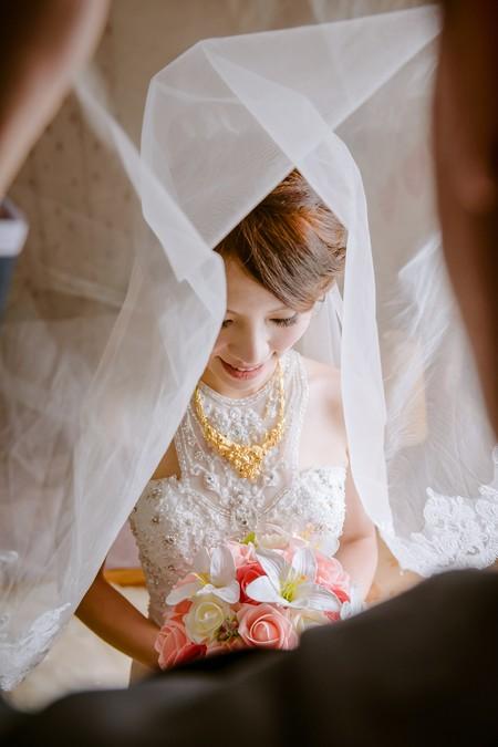 溫婉氣質細軟髮新娘-Sandy(攝影:PaPa-photo Story婚禮影像工作室)