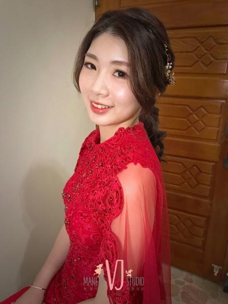 ~NEW~好媳婦低馬尾+浪漫花系公主頭4/24憶涵
