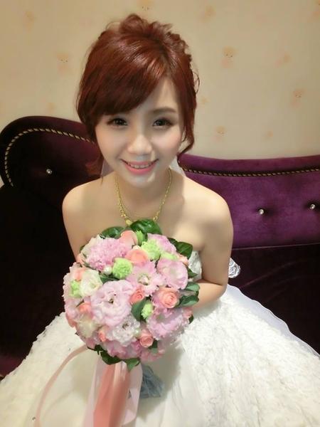 標準台灣甜美好媳婦  何耘婚宴