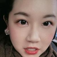 Elsa Wang