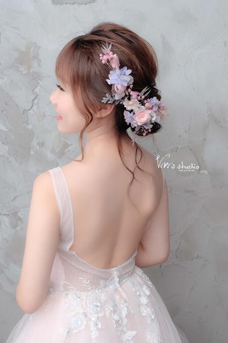 不凋乾燥花!浪漫隨性低盤髮造型