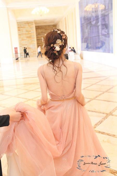 浪漫夢幻十足的髮型 Bride -- 芳誼