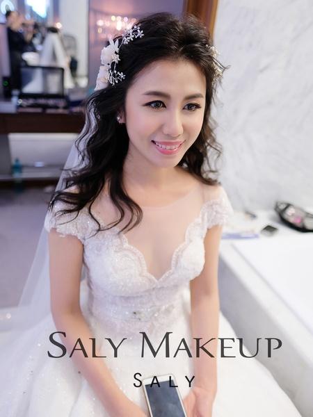 新秘作品~美麗的英文老師~makeup by  saly