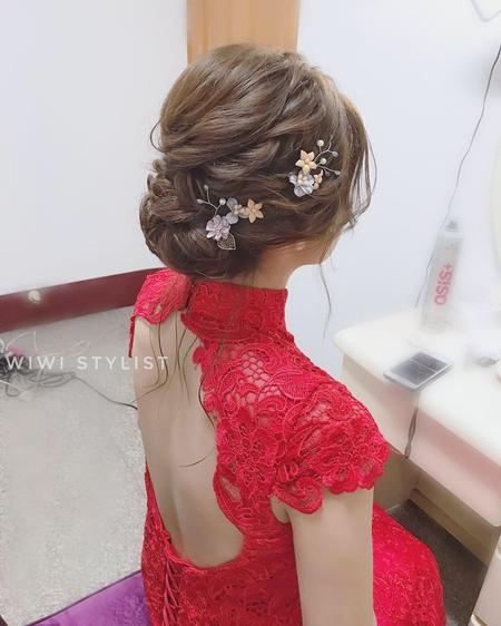 文訂婉約低盤髮造型