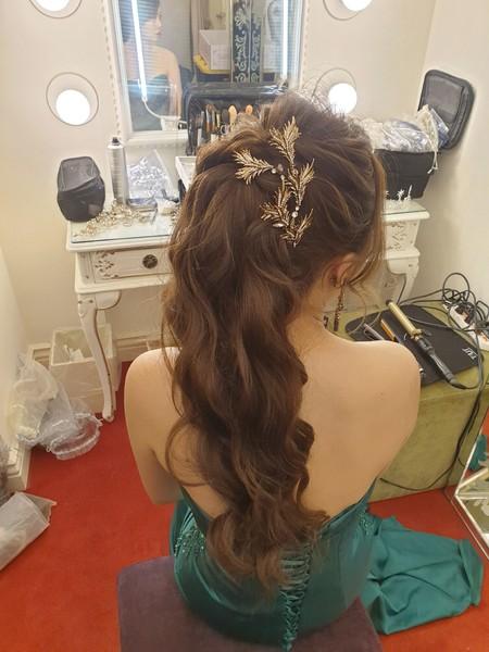 新秘rita 新娘秘書 bride-婕寧 光澤肌 裸妝 高馬尾 丸子頭 訂婚髮型