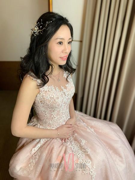 ~NEW~文定高盤髮+浪漫公主風4/5苑瑜