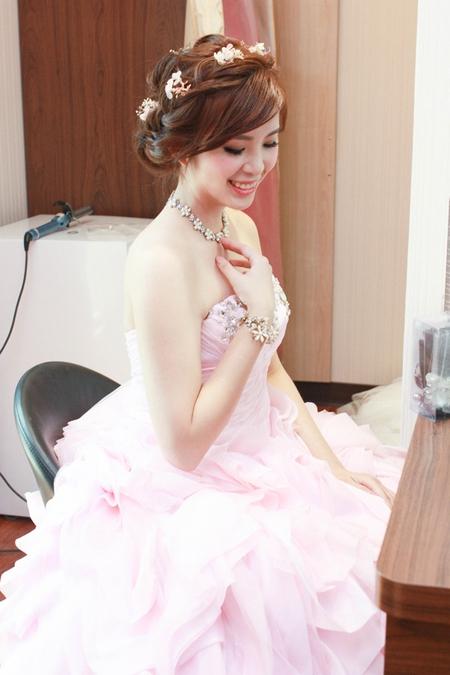 花漾新娘-可愛與冷豔兼俱