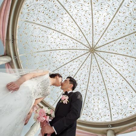 把整個婚禮拍的氣質出眾/台中心之芳庭