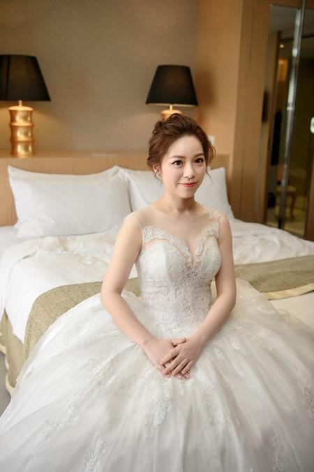 kylie bride-曉恩