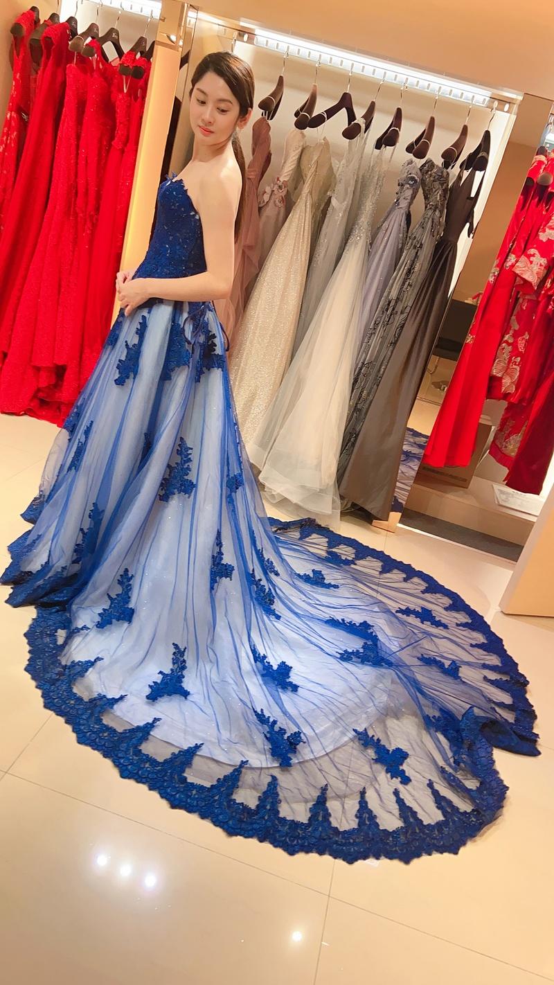 婚紗照風格 比堤婚紗 推薦新人:俊毅&美琇 藍色晚禮服