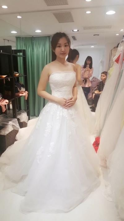 一秒化身甜美可愛的新娘,快去找RUBY禮服的...