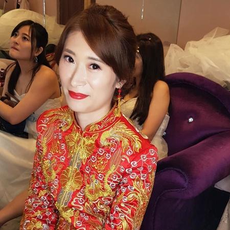 VIVIAN蘇蓉蓉整體造型新娘秘書。八里晚宴