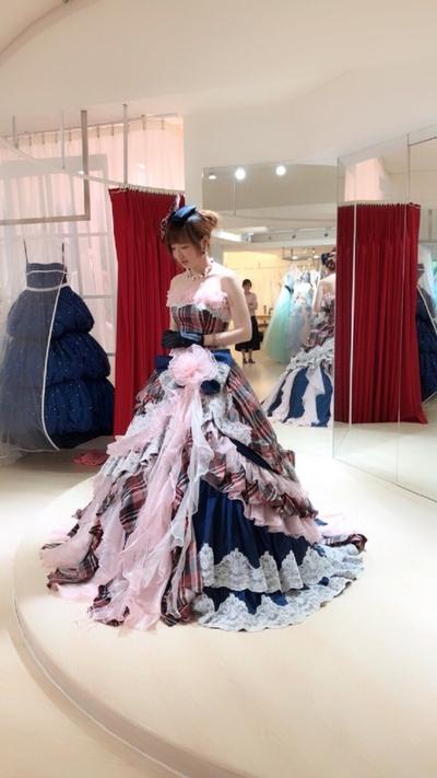 衣夫人日式手作婚紗~~~試穿白紗&禮服,當公...