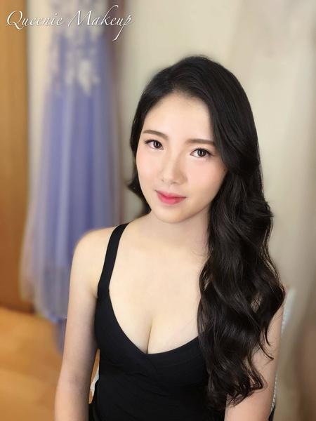 韓妞歐妮 天使臉孔魔鬼身材