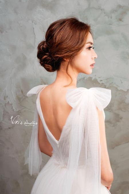 [新娘髮型] 氣質名媛低盤髮!百搭款新娘盤髮造型