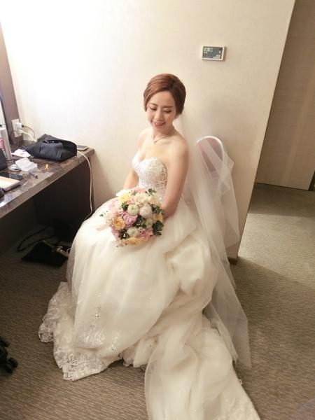 Bride依蓁