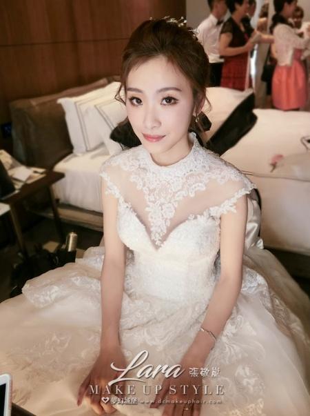 新秘LARA-新娘婚宴造型/萊特薇庭