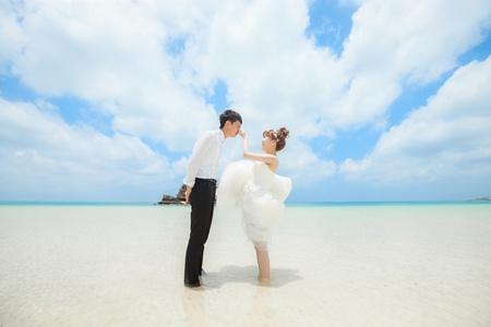 沖繩婚紗 彥霆 ❤ 宛軒  桃園vanessa 手工婚紗。攝影工作室