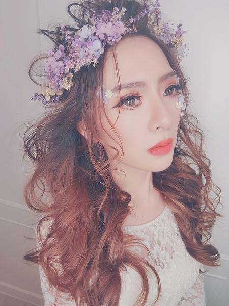 新秘rita|新娘秘書-之之|浪漫捲髮|盤髮|乾燥花不凋花|高馬尾