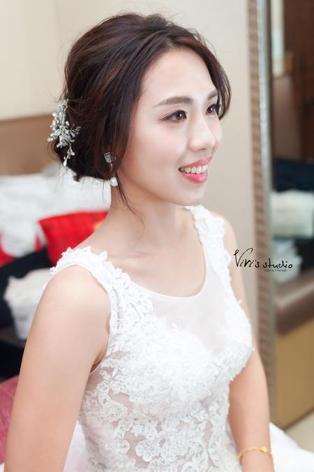 韓風美女低盤髮!氣質簡約新娘白紗造型