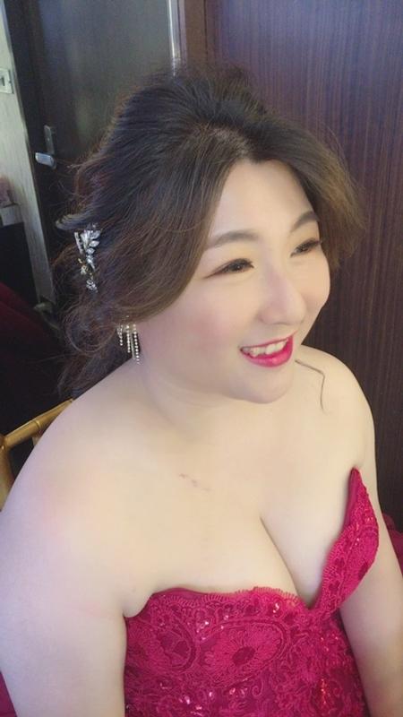 饅頭爸新秘團隊–芯媛❤姿鈴結婚午宴