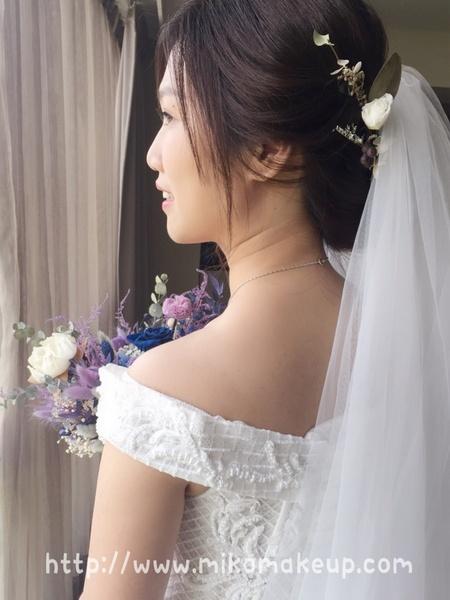 優雅恬靜新娘