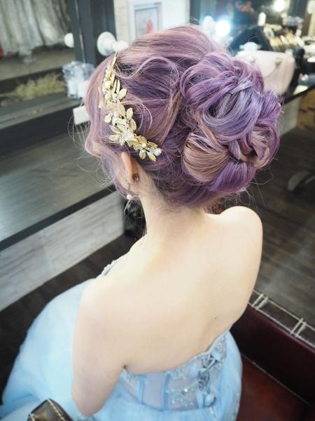 特殊髮色造型